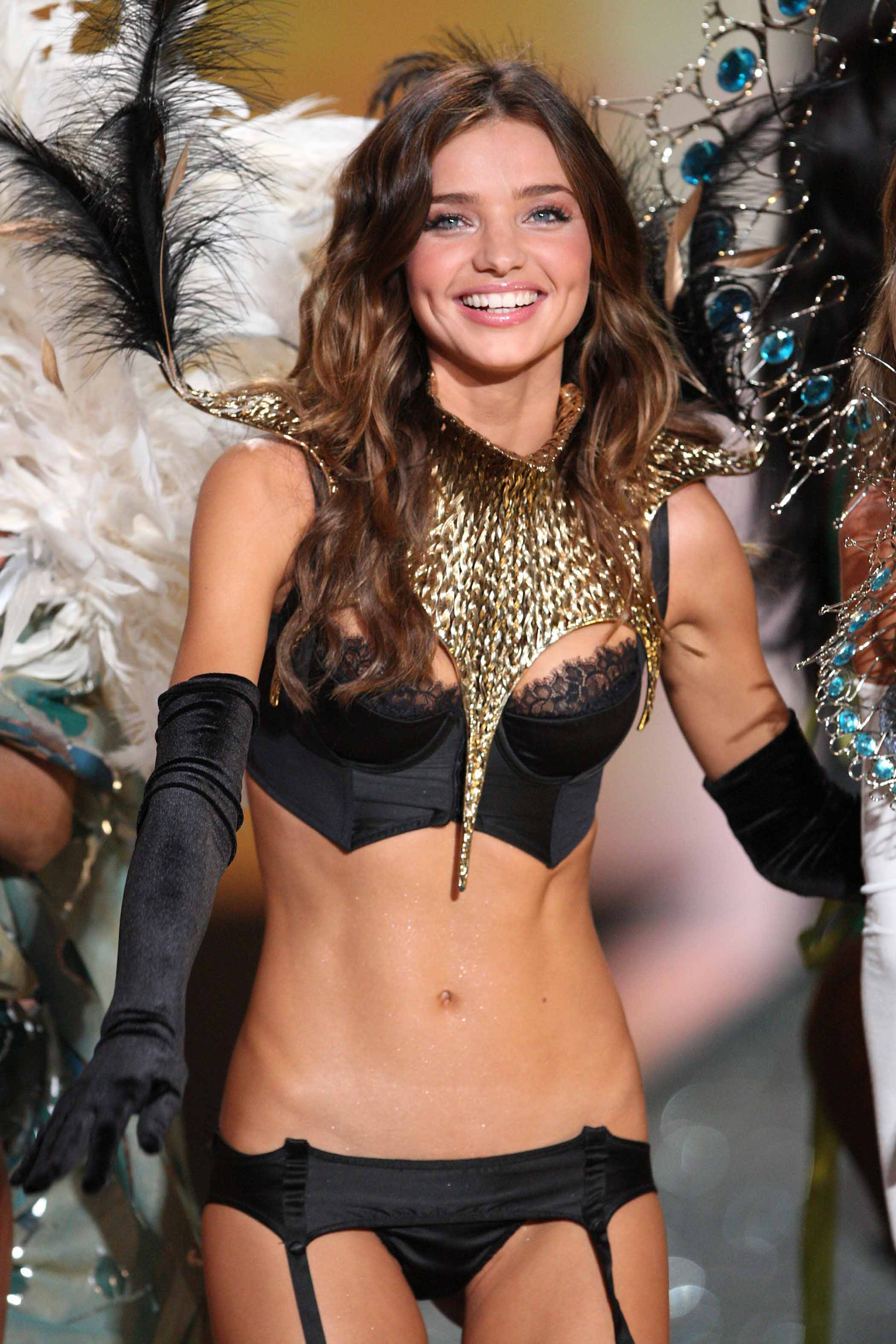 Victoria S Secret Model Halloween Costumes For Closet
